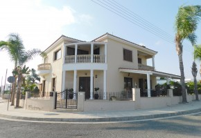 Detached Villa For Sale  in  Koloni