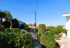 Bungalow For Sale  in  Chloraka