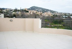 2 Double Bedroom Apartment with a Large Private Rooftop Terrace