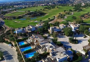 Town House For Sale  in  Aphrodite Hills