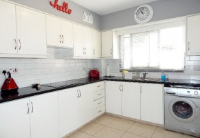 Detached Villa For Sale  in  Kallepia