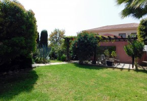 Detached Villa For Sale  in  Agios Athanasios