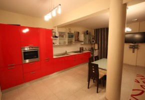 Detached Villa For Sale  in  Papas